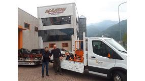 Foto de Distribuciones Pako entrega a Inaccés (Geotécnica Vertical SL) la unidad de perforación Marini MR-S80