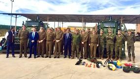 Foto de Walkia entrega dos nuevas retroexcavadoras blindadas JCB HMEE al ejército español