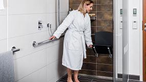 Foto de Espacios de baño elegantes sin barreras