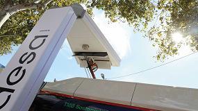 Foto de Endesa y TMB instalan dos pantógrafos para la recarga de los autobuses eléctricos de Barcelona