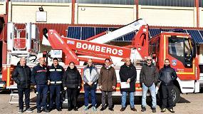 Foto de Transgrúas entrega en Soria la primera plataforma aérea Multitel para bomberos de España