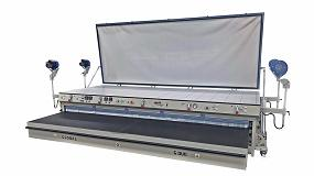 Foto de Global Vacuum Presses muestra en Fimma-Maderalia 2020 su máquina de termoconformado Global Duo Professional
