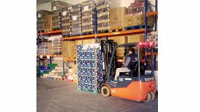 Foto de Toyota Material Handling España dona una carretilla contrapesada eléctrica al Banco de Alimentos