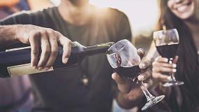 Foto de El mercado de cerveza, vino y bebidas espirituosas sufre gravemente el cierre de la hostelería