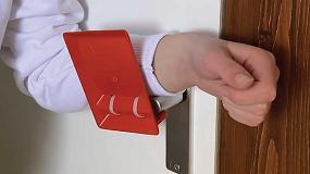 Foto de Un abrepuertas manos libres de plástico fabricado en un tiempo récord