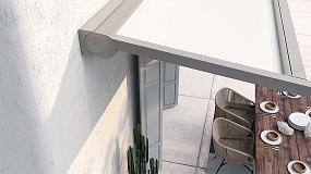 Foto de KE presenta Hydra, la pérgola con tejido enrollado y diseño minimalista