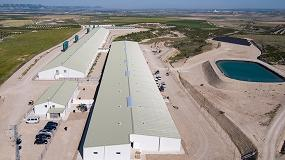 Foto de 16.000 m2 de cubierta con el sistema Isovetro Plus Extreme en una granja porcina de Zaragoza