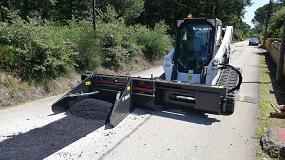 Foto de Primer esparcidor de suelo y asfalto Bobcat entregado en España