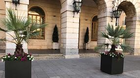 Foto de Martín Mena suministra a Gandía (Valencia) jardineras que incrementan la protección peatonal y embellecen su casco histórico
