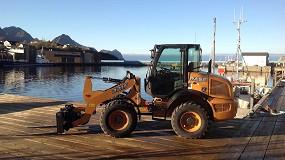 Foto de Una midicargadora Case 321F impulsa la industria pesquera noruega durante cuatro años