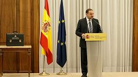 Foto de Ábalos confía en poder poner en servicio en 2021 el AVE a Galicia