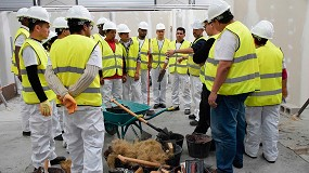 Foto de La Fundación Laboral de la Construcción vuelve a apostar para este año 2021 por la formación en Maquinaria, Medios auxiliares, COEX y BIM