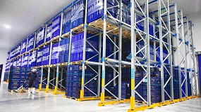 Foto de AR Racking combina varios sistemas de almacenaje sismorresistentes en la nueva planta de Emergent Cold