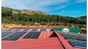 Foto de Aguas de Fondetal invierte en sostenibilidad en su fábrica de Talarrubias con una instalación fotovoltaica
