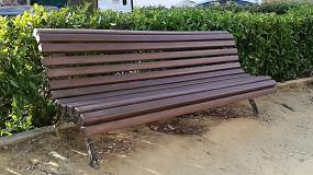 Foto de Renovar mobiliario urbano con perfiles de plástico reciclado 100% es posible