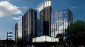 Foto de Vidrio Stopray Vision-60 T, de AGC, en las fachadas del complejo de edificios Pharo Business Center en Milan