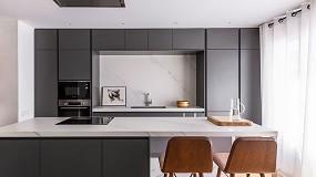Foto de La reforma de un apartamento para una vida amable y familiar, por Coblonal