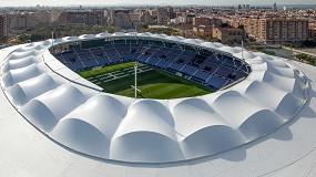Foto de El estadio del Levante UD con estructura tensada de Serge Ferrari