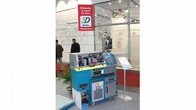 Foto de Islas productivas, máquinas de inyección y robots de Dr.Boy