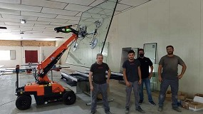 Foto de Transgrúas vende un robot cristalero a la empresa de carpintería metálica Forjaroda, S.L.