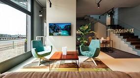 Foto de El diseño industrial chic y la estética etérea de HI-MACS Pavia se fusionan en unas oficinas en Porto