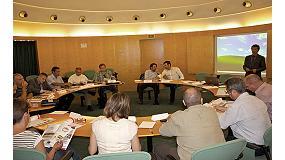 Fotografia de Primer Estudi de Mercat d'Equips Perif�rics per a Pl�stics organitzat per Pl�stics Universals � Interempresas