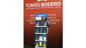 Picture of Tom�s Bodero shows in Ferroforma his columns expositoras apt for 5 different models
