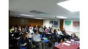 Fotografia de El CEP avalua el seminari sobre la Legislaci� aplicable a envasos de pl�stic