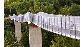 Fotografia de La passarel�la sobre el riu X�quer a Conca i l'escola Forta el Principe de Pamplona, premis Construmat
