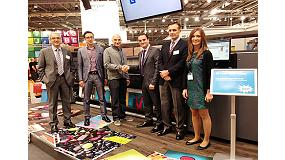 Picture of Pixartprinting Purchases three printers HP Latex 3000 in the Fespa 2013
