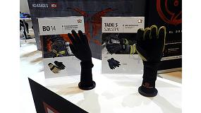 Picture of Two gloves for firemen of Tom�s Bodero, selected in the Gallery of Innovation of Sicur