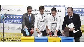 Foto de El Valencia C.F. se suma a la campaña 'El Reciclaje nos une'