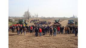 Fotografia de Una demostració de maquinària aplicada al blat de moro va obrir les jornades tècniques de la 142ª Fira de Sant Josep
