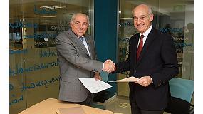 Fotografia de El Centre Espa�ol de Pl�stics signa un conveni amb el Cl�ster de la Ind�stria d'Automoci� de Catalunya