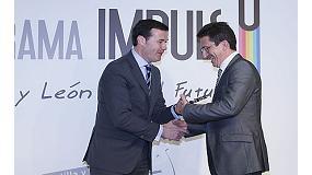 Foto de Santiago Salcedo CEO de Toro Equipment recibe el premio al 'Emprendedor del año'
