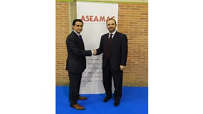 Fotografia de Aseamac i Interempresas signen un conveni de col�laboraci�