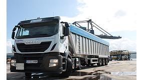 Foto de Iveco entrega en Ferrol el primer Stralis GNL que va a operar en Galicia