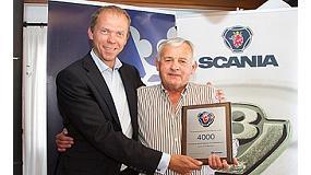 Foto de Scania homenajea la figura del presidente fundador de Himoinsa y celebra la entrega del motor 4000