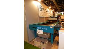 Foto de Drago Electrónica muestra en SRR 2014 dos de sus soluciones para el reciclaje