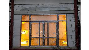 Foto de Reynaers ofrece soluciones integrales de resistencia al fuego para todo tipo de puertas y paneles divisorios
