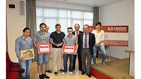 Foto de Iñaki Sánchez recibe el premio de ex-alumno destacado en la IMH