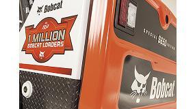 Foto de Bobcat festeja la cargadora compacta 1 millón