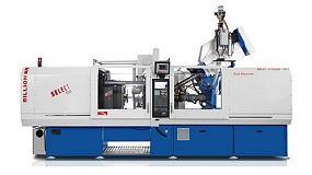 Foto de Billion muestra en su stand de Equiplast la producción de una rasqueta de alta precisión