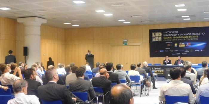 Los ayuntamientos de Madrid y Rivas presentan sus soluciones sostenibles de alumbrado exterior