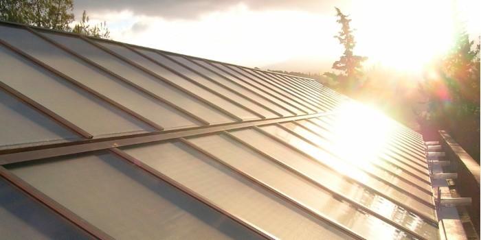 Energ�a solar para invernaderos, un nuevo enfoque basado en la innovaci�n en sistemas y redes energ�ticas