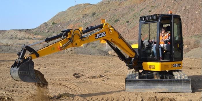 JCB presenta sus nuevos modelos de miniexcavadoras