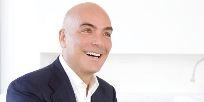 Entrevista a Kike Sarasola, presidente y fundador de Room Mate Hotels