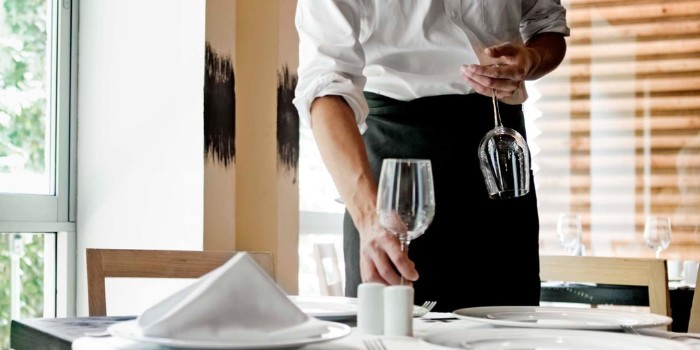 Los mayoristas de alimentaci�n y los �Cash&Carry� aprovechan el repunte de bares y restaurantes