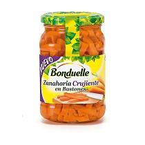 Zanahoria crujiente en bastones