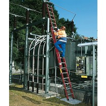 Escalera de apoyo de fibra de vidrio